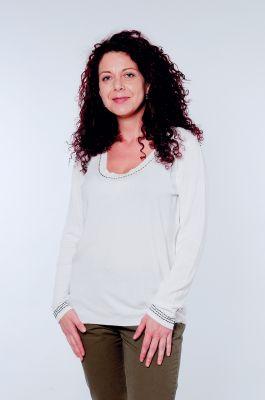 Бяла дамска блуза с широко деколте