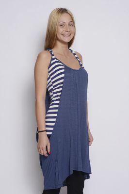 Дамска рокля на синьо рае
