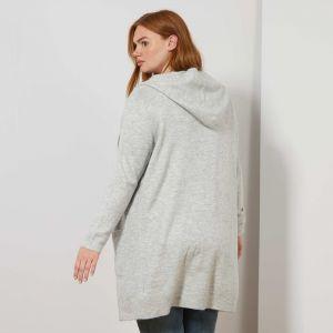 Дамска плетене жилетка голям размер