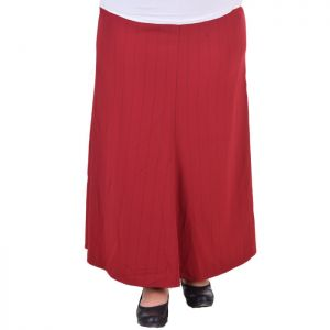 Голям размер дамска пола